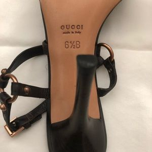 Gucci Shoes - Sexy shoe For the evening